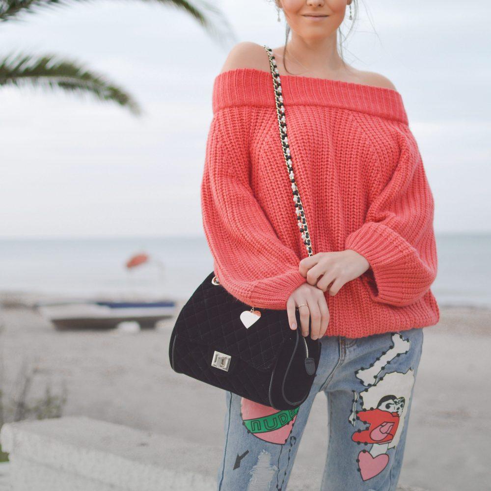 Photo d'un mannequin posant pour une marque de vêtements